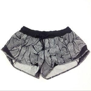 Lululemon Running Shorts Size 6 White Black